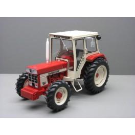 IH 844  4  roues