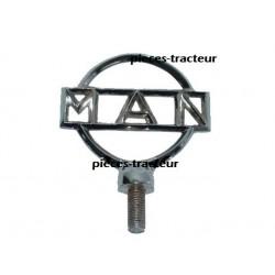 logo tracteur MAN